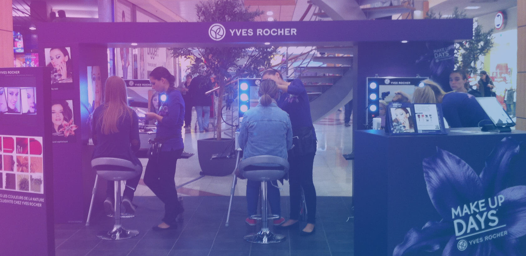 Yves Rocher Make Up Days - Shopping Center with Globe
